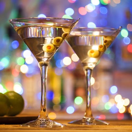夜店酒吧入职新人应如何做才能迅速得到提升?