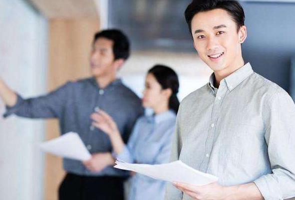 夜场招聘的新人工资高很尴尬?职场老员工提升攻略,学会可立于不败之地